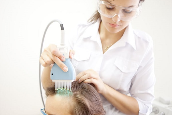 Себорея кожи головы - лечение фототерапией